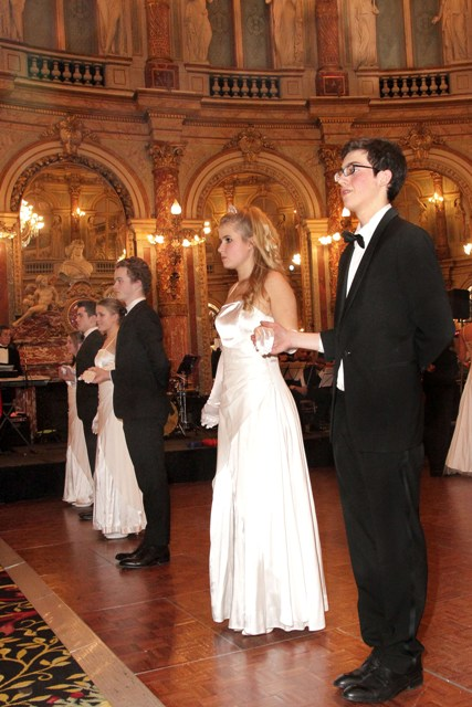 Ball 13.08 - Copie.JPG