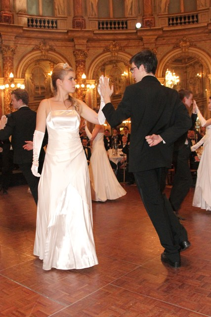 Ball 13.09 - Copie.JPG
