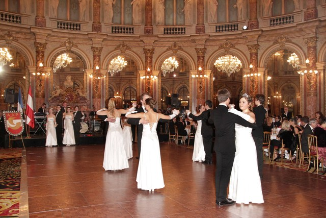 Ball 13.12 - Copie.JPG