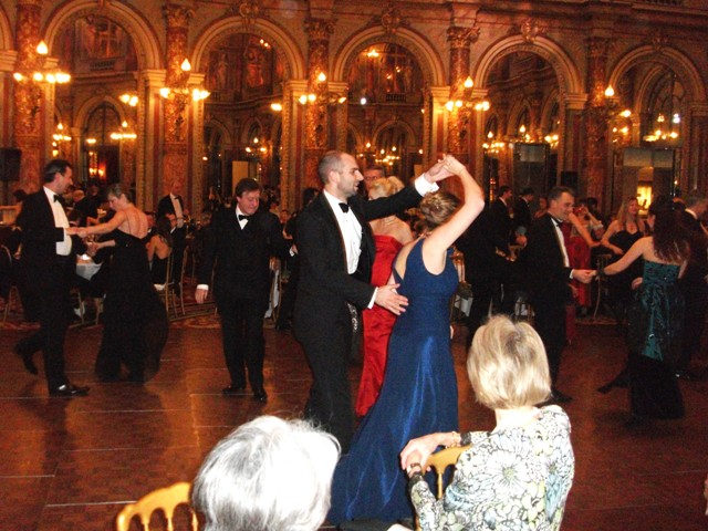Ball 13.16a - Copie.JPG